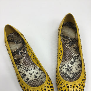Primary Photo - BRAND: GIANNI BINI STYLE: SHOES FLATS COLOR: YELLOW SIZE: 6.5 SKU: 155-155130-201954