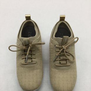Primary Photo - BRAND: COLE-HAAN STYLE: SHOES ATHLETIC COLOR: GOLD SIZE: 5.5 SKU: 155-155224-14656