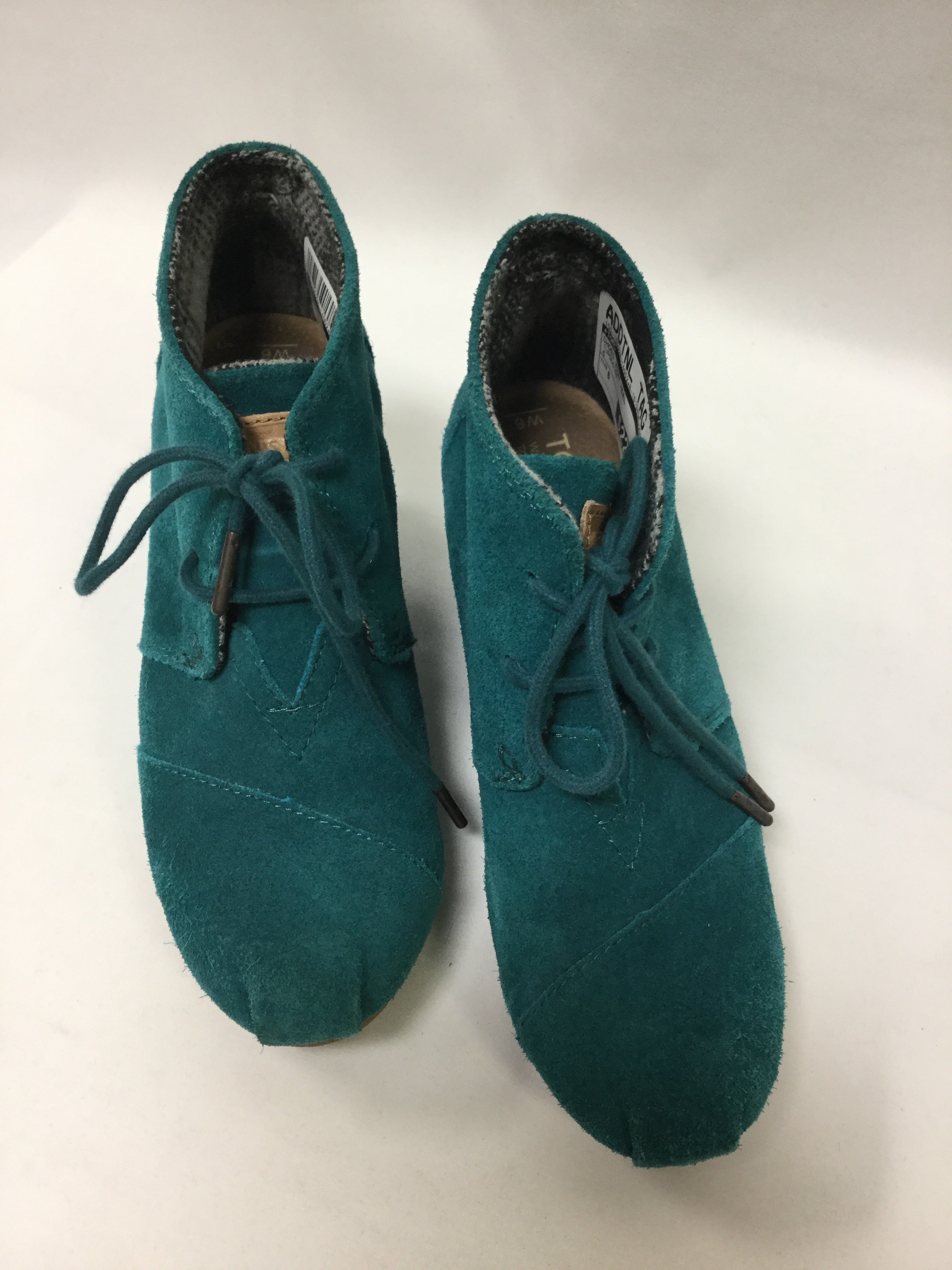 Photo #1 - BRAND: TOMS <BR>STYLE: SHOES HIGH HEEL <BR>COLOR: TURQUOISE <BR>SIZE: 6 <BR>SKU: 155-155224-14052