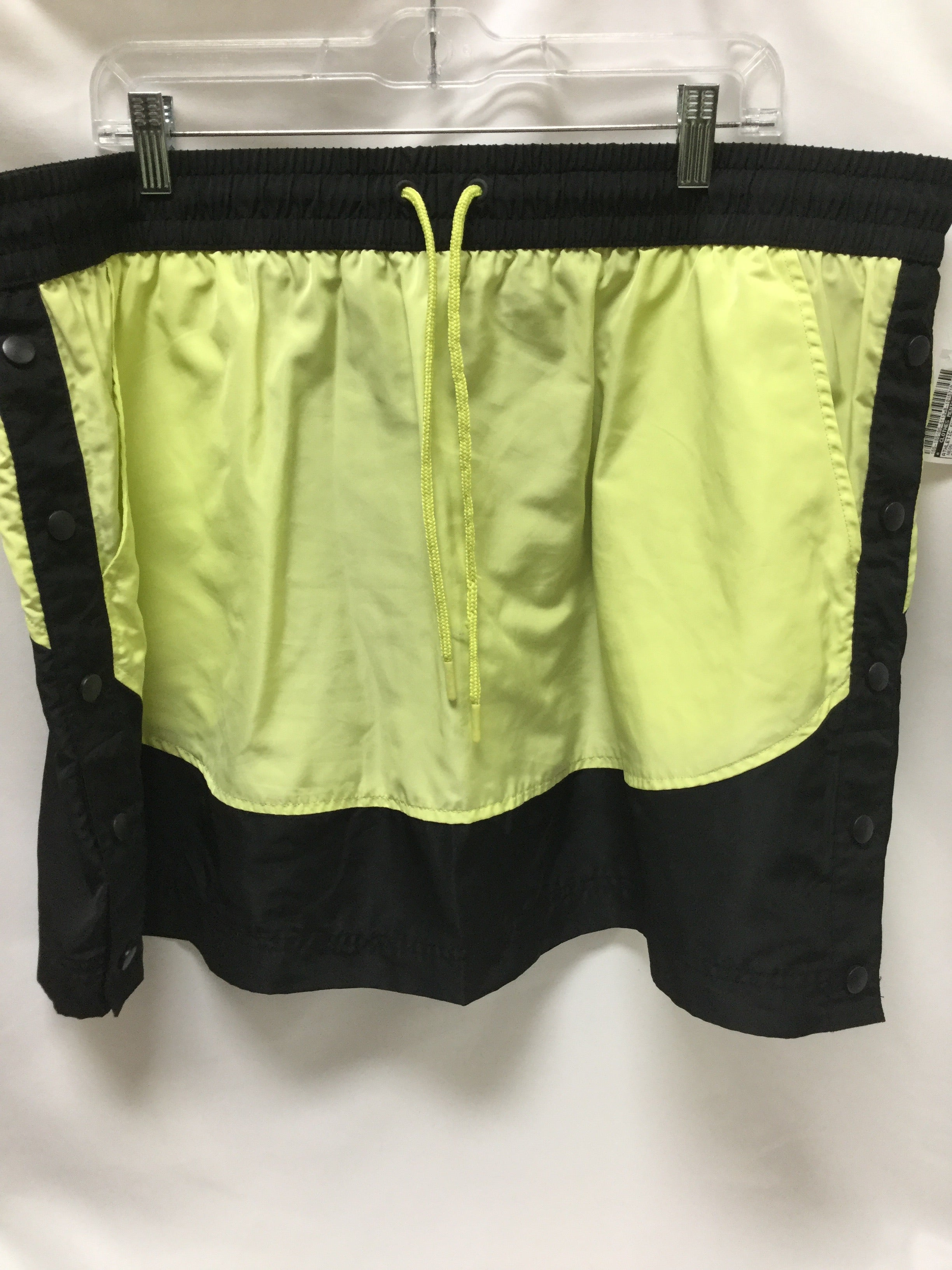 Primary Photo - BRAND:    CLOTHES MENTOR <BR>STYLE: ATHLETIC SKIRT SKORT <BR>COLOR: NEON <BR>SIZE: 2X <BR>OTHER INFO: MTA SPORT - <BR>SKU: 155-155185-6113