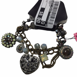 Primary Photo - BRAND: BETSEY JOHNSON STYLE: BRACELET COLOR: HEART SKU: 155-155224-25844