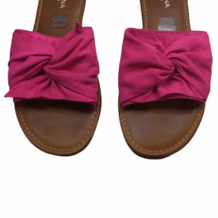 Primary Photo - BRAND: ARIZONA STYLE: SANDALS FLAT COLOR: PINK SIZE: 8 SKU: 155-155228-4190