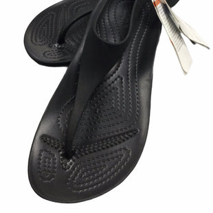 Primary Photo - BRAND: CROCS STYLE: SANDALS FLAT COLOR: BLACK SIZE: 6 SKU: 155-155220-15041