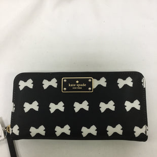 Primary Photo - BRAND: KATE SPADE STYLE: WALLET COLOR: BLACK WHITE SIZE: LARGE SKU: 155-155224-15425