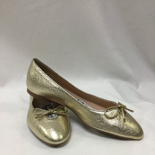 Primary Photo - BRAND: STUART WEITZMAN STYLE: SHOES FLATS COLOR: GOLD SIZE: 8.5 SKU: 155-155178-10584