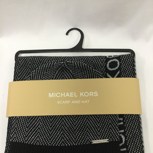 Primary Photo - BRAND: MICHAEL BY MICHAEL KORS STYLE: SCARF WINTER COLOR: BLACK SILVER OTHER INFO: 2 PIECE SET SKU: 155-155130-213250