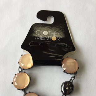 Primary Photo - BRAND:    CLOTHES MENTOR STYLE: BRACELET COLOR: MULTI SKU: 155-155163-123187PEACH AND GUNMETAL