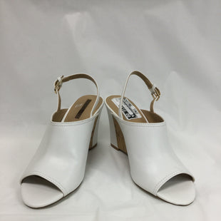 Primary Photo - BRAND: TAHARI BY ARTHUR LEVINE STYLE: SANDALS LOW COLOR: WHITE SIZE: 7 SKU: 155-155163-121394