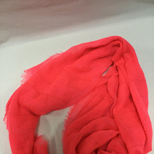 Primary Photo - BRAND:    CLOTHES MENTOR STYLE: SCARF COLOR: HOT PINK SKU: 155-155224-8628