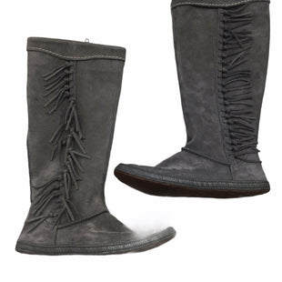 Primary Photo - BRAND: UGG STYLE: BOOTS KNEE COLOR: GREY SIZE: 6.5 OTHER INFO: SLIGHT WEAR NOTED SKU: 155-155130-215972