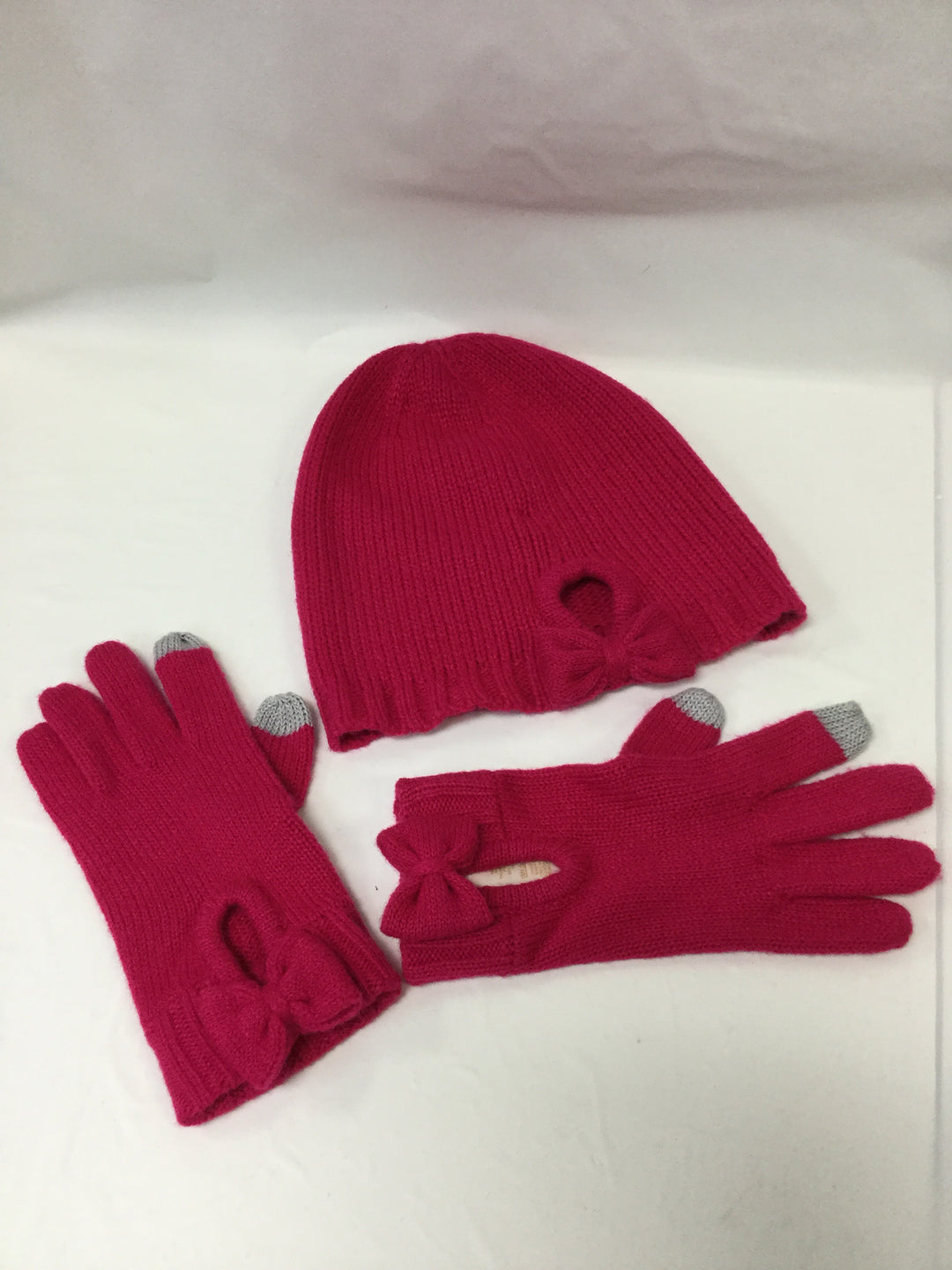 Primary Photo - BRAND: KATE SPADE <BR>STYLE: HAT <BR>COLOR: HOT PINK <BR>OTHER INFO: WITH GLOVES <BR>SKU: 155-15545-200349<BR>BOW TRIM FEATURE ON HAT AND GLOVES<BR>GREY TIP TRIM ON GLOVES<BR>EXCELLENT CONDITION <BR>