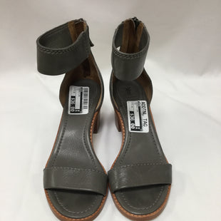 Primary Photo - BRAND: FRYE STYLE: SANDALS LOW COLOR: GREY SIZE: 7.5 SKU: 155-155220-3176
