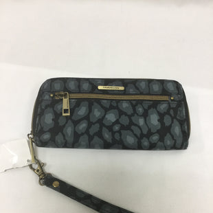 Primary Photo - BRAND: TRAVELON STYLE: WRISTLET COLOR: GREY SKU: 155-155130-208307