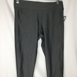 Primary Photo - BRAND: UNDER ARMOUR STYLE: ATHLETIC CAPRIS COLOR: GREY SIZE: S SKU: 155-155226-745