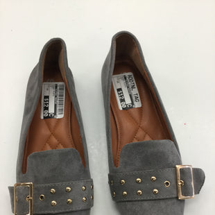 Primary Photo - BRAND:    CLOTHES MENTOR STYLE: SHOES FLATS COLOR: GREY SIZE: 10 SKU: 155-15545-203748