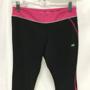 Primary Photo - BRAND: NEW BALANCE STYLE: ATHLETIC CAPRIS COLOR: BLACK SIZE: M SKU: 155-155187-23977