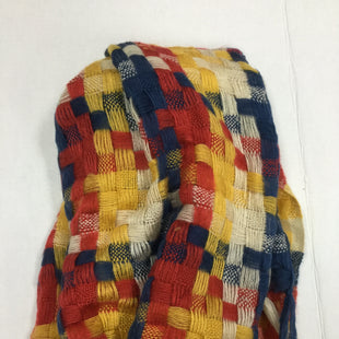 Primary Photo - BRAND:    CLOTHES MENTOR STYLE: SCARF WINTER COLOR: PLAID SKU: 155-155130-209325