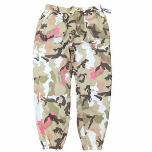 Primary Photo - BRAND:    CLOTHES MENTOR STYLE: PANTS COLOR: CAMOFLAUGE SIZE: L SKU: 155-155228-1947