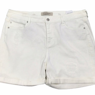Primary Photo - BRAND: LIVERPOOL STYLE: SHORTS COLOR: IVORY SIZE: 16 SKU: 155-155130-216819
