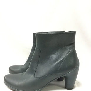 Primary Photo - BRAND: ECCO STYLE: BOOTS ANKLE COLOR: GREY SIZE: 8 SKU: 155-155185-7189