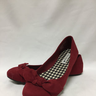 Primary Photo - BRAND: AMERICAN EAGLE SHOES STYLE: FLATSCOLOR: RED SIZE: 9.5 SKU: 155-155230-19R