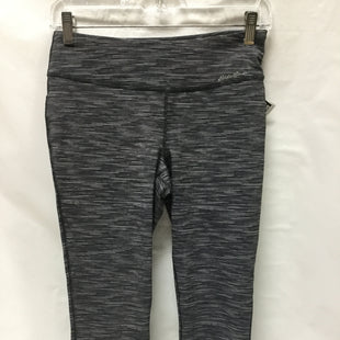 Primary Photo - BRAND: EDDIE BAUER STYLE: ATHLETIC CAPRIS COLOR: GREY SIZE: S SKU: 155-15599-230727