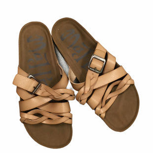 Primary Photo - BRAND: TARGET STYLE: SANDALS FLAT COLOR: BROWN SIZE: 7 SKU: 155-155238-97
