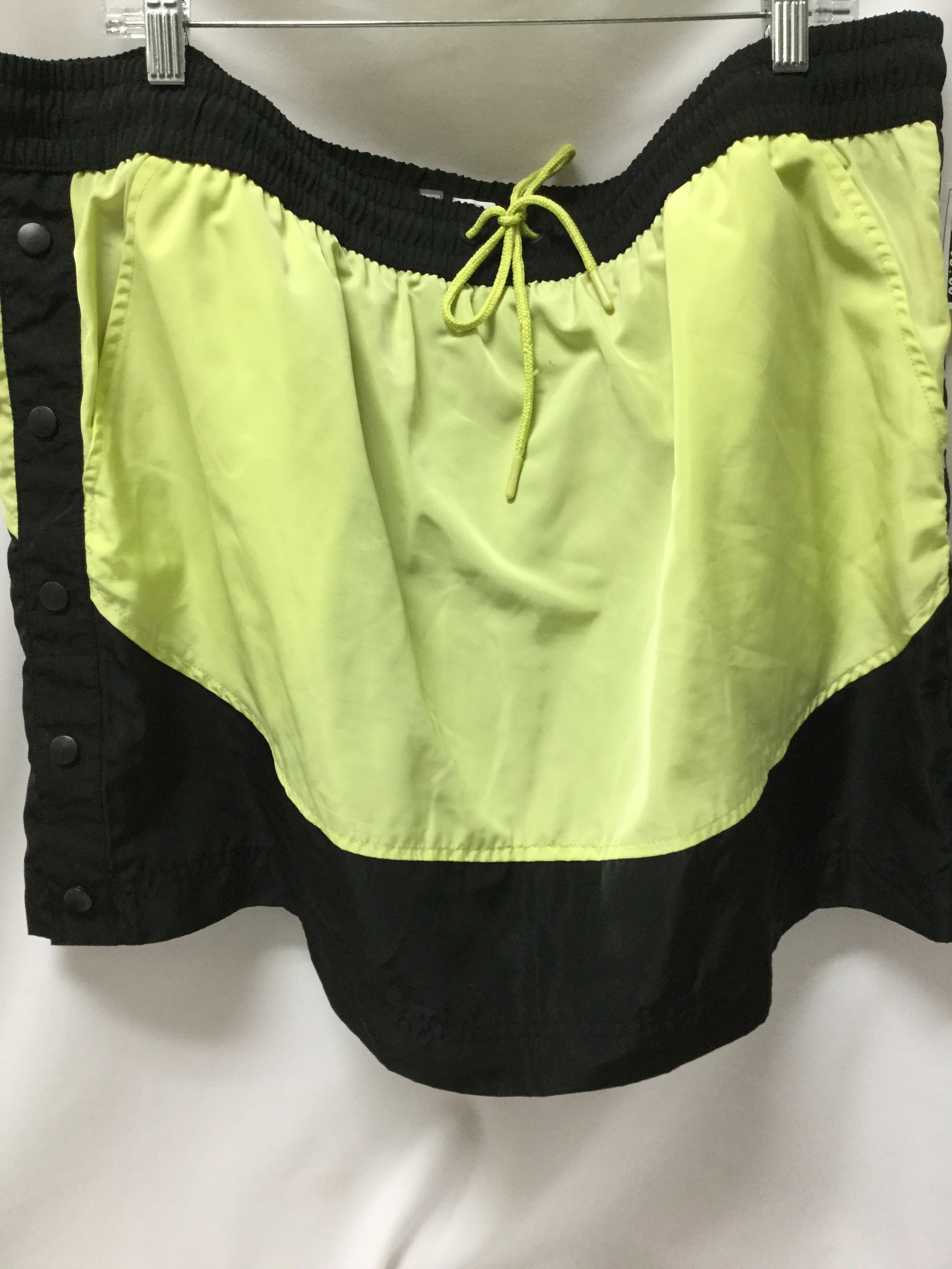 Primary Photo - BRAND:    CLOTHES MENTOR <BR>STYLE: ATHLETIC SKIRT SKORT <BR>COLOR: NEON <BR>SIZE: 2X <BR>OTHER INFO: MTA SPORT - <BR>SKU: 155-155233-465R