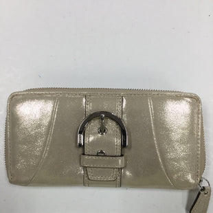 Primary Photo - BRAND: COACH STYLE: WALLET COLOR: GOLD SIZE: LARGE SKU: 155-155187-23736