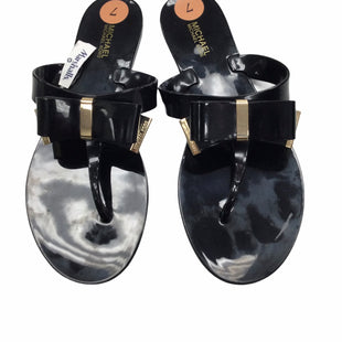 Primary Photo - BRAND: MICHAEL BY MICHAEL KORS STYLE: FLIP FLOPS COLOR: BLACK SIZE: 7 SKU: 155-155220-16490