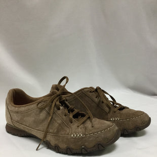Primary Photo - BRAND: SKECHERS STYLE: SHOES ATHLETIC COLOR: BROWN SIZE: 9 SKU: 155-15599-233353