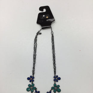 Primary Photo - BRAND:    CLOTHES MENTOR STYLE: NECKLACE COLOR: FLORAL SKU: 155-155220-1548