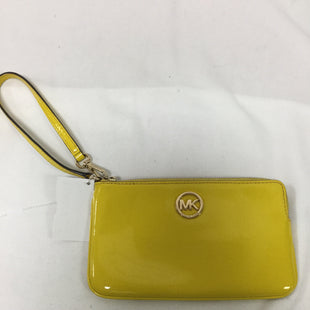 Primary Photo - BRAND: MICHAEL BY MICHAEL KORS STYLE: WRISTLET COLOR: YELLOW SKU: 155-155220-9389