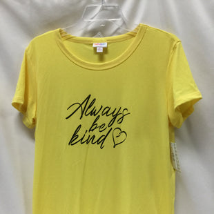 Primary Photo - BRAND: LULAROE STYLE: TOP SHORT SLEEVE COLOR: YELLOW SIZE: M SKU: 155-155224-13491