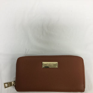 Primary Photo - BRAND: BCBG STYLE: WALLET COLOR: TAN SIZE: LARGE SKU: 155-155224-3314