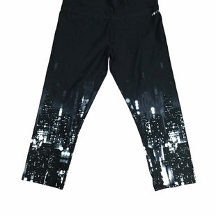 Primary Photo - BRAND: DKNY STYLE: ATHLETIC CAPRIS COLOR: BLACK SIZE: M SKU: 155-155228-2247