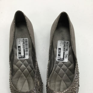 Primary Photo - BRAND: KELLY AND KATIE STYLE: SHOES FLATSCOLOR: TAUPE SIZE: 6.5 SKU: 155-155220-1875