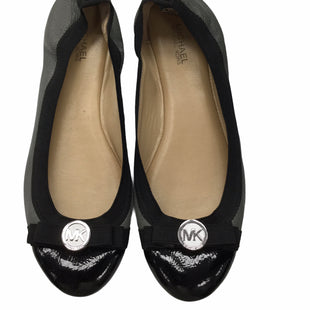 Primary Photo - BRAND: MICHAEL BY MICHAEL KORS STYLE: SHOES FLATS COLOR: GREY SIZE: 6.5 SKU: 155-155185-9400