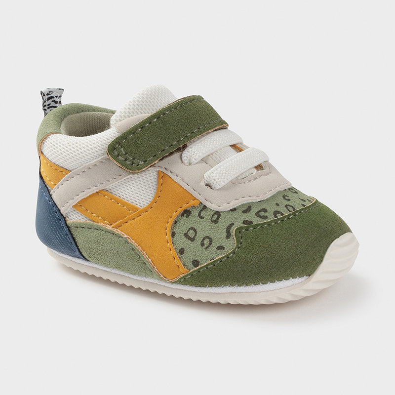 Green Colour-block Sporty Sneakers
