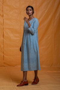 sustainable fasion, season fluid clothing, ethical, handwoven, handspun, handcrafted with love, handmade in India, shop online, indian fashion, women's fashion, khadi cotton fashion