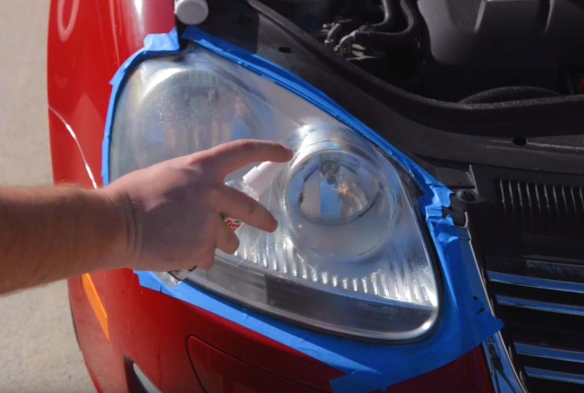 clean/restore headlights - spray lubricant