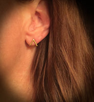 14K Gold V Stud Earrings | Avie Fine Jewelry