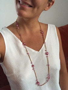 Collier sautoir rose