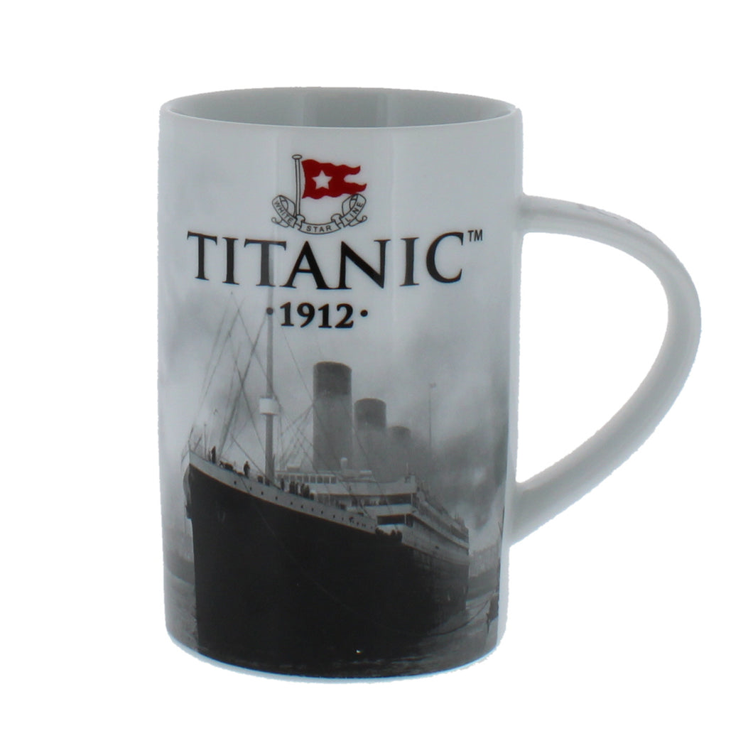 China mug featuring an image of the Titanic.