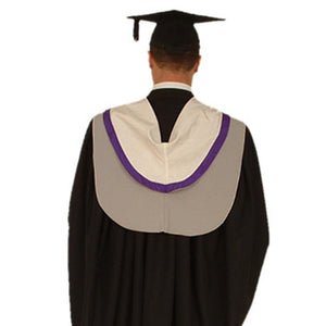 Master of Engineering (MEng)/ (MPharm) Gown Hire - University of Hertfordshire