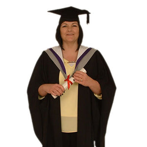 MPharm Gown Hire - University of Hertfordshire