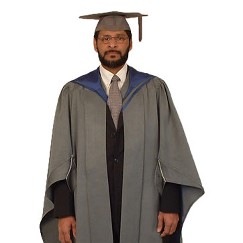 Masters Gown Hire - Staffordshire University