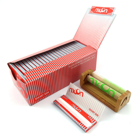 50 Booklets Short Size 70*36mm Cigarette Rolling Papers 2500 Leaves with 1pcs 70mm Rolling Machine MOON Brand