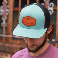 LEATHER PATCH TRUCKER SMOKE/BLUE HAT