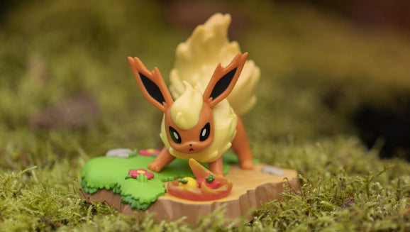An Afternoon with Eevee & Friends: Flareon Figure by Funko